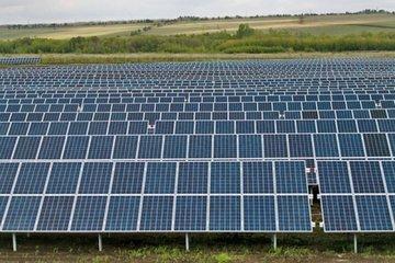 В Оренбургском регионе ввели в эксплуатацию новую солнечную электростанцию